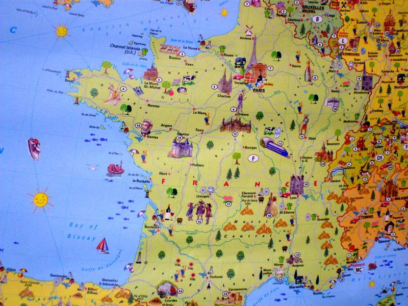 Grande carte de l'europe illustrée des traditions et intérêts de